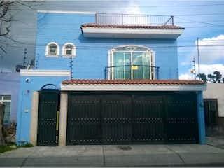 Casa en Venta en Echeverria Guadalajara