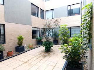 Apartamento en venta en La Giralda con Gimnasio...