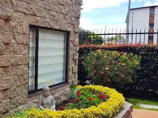 Casa en venta en Las Margaritas de 4 habitaciones