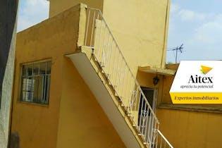 Casa en Venta con amplios espacios, en la Delg. Venustiano Carranza, CDMX.
