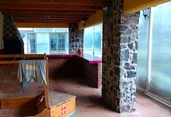 Casa en venta en La Magdalena Petlacalco, Con 2 Recamaras-250mt2