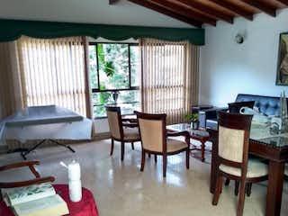 Casa en venta en Bolivariana con acceso a Jardín