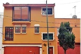 Casa en Venta cercana al centro Viaducto Piedad