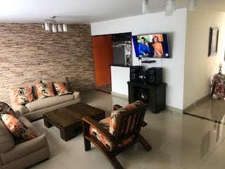 Casa en venta en Manrique Central No. 1 de 4 alcoba