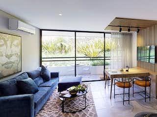 Una sala de estar llena de muebles y una televisión de pantalla plana en flats
