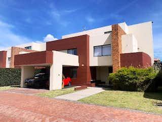Hermosa Casa en Venta y Arriendo, Condominio Campestre Cajicá.
