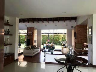 Hermosa Casa en Venta y Arriendo, Exclusivo Condominio Campestre, Chia