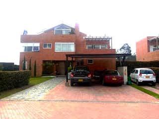 Hermosa Casa en venta, en Conjunto. Vereda Calahorra Cajicá,