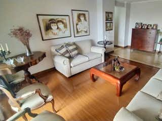 Apartamento en venta en Simón Bolívar, 150m² con Jardín...