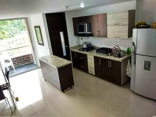 Apartamento en venta en El Trianón, 78m²