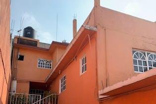 Casa con Gran potencial para ampliación VENTA en NAUCALPAN