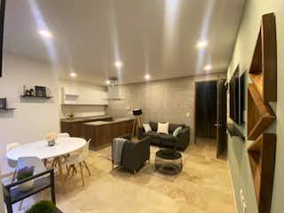 Una habitación llena de muebles y una televisión de pantalla plana en Segovia 40