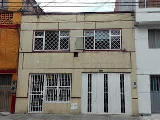 Casa en Venta en Bellavista, Bogotá