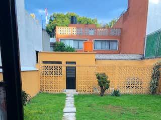 Excelente oportunidad/ Casa para Remodelar con uso de suelo H3
