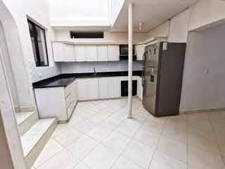 Casa en venta en Barrio Laureles 230m²