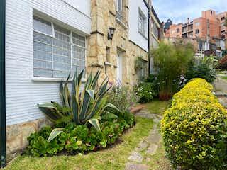Casa en venta en Chicó Reservado con Jardín...