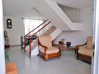 Casa de 147m2 en Manrique Central - con tres alcobas