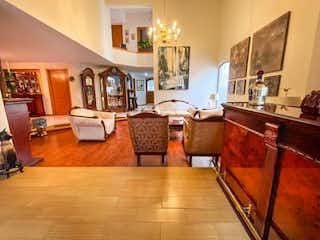 Casa en venta en Fracc Puerta De Hierro con Jardín...