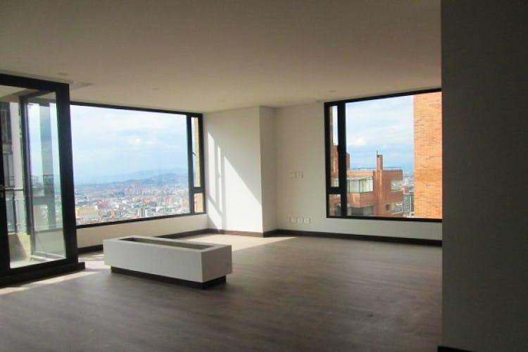 Portada Apartamento En Los Rosales, Chicó, 2 Habitaciones- 210m2.