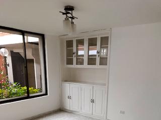 Casa en venta en Pontevedra, 158mt de dos niveles