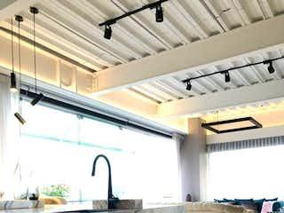 Diseño interior de vanguardia y magnifica terraza en Reforma 222