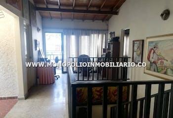 Casa Unifamiliar En Laureles, Sector El Estadio - 10 Habitaciones