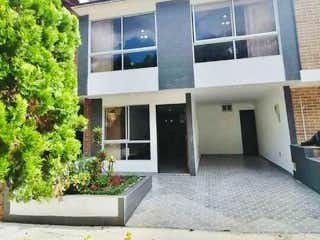 Casa en venta en Las Brisas con Piscina...