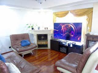Casa en venta en Mosquera, 220mt de tres niveles