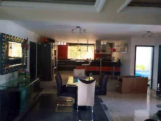 Casa en venta en Sevilla de 6 hab.