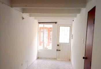 Casa En Suba Lombardía, Suba, 4 Habitaciones- 103m2.