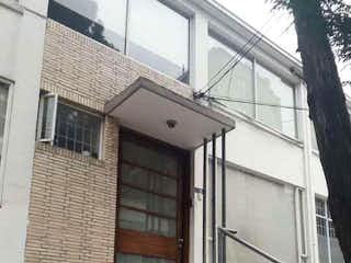 Casa en venta en El Nogal, 330m²
