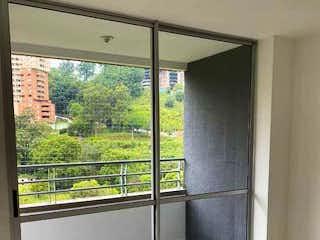 Apartamento en venta en Calle Del Banco, 63m²
