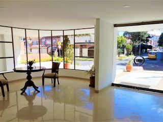 Una sala de estar llena de muebles y una ventana en D.apartamento En Contador. Excelente Estado. 2h2b1g Balcon