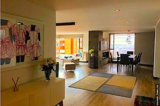 Apartamento en Rosales, El Refugio con ascensor privado