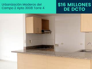 Una foto de una cocina que tiene una caja en ella en Maderos del Campo 2