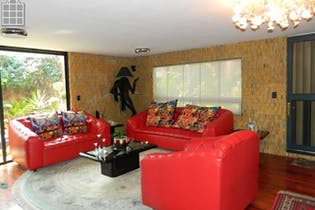 Casa en venta en Lomas de las Águilas, 233 m² en condominio