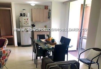Apartamento en Alcazares, Sabaneta - 65 mt, dos habitaciones, balcón