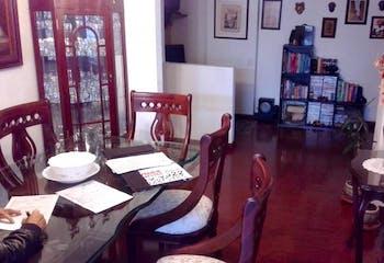 Apartamento en La Calleja Alta, Chico con tres alcobas