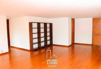 Apartamento de 128m2 en Bogotá, Santa Bárbara - con tres alcobas