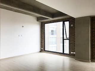 Una habitación que tiene una ventana en ella en Apartamento en venta en Bosque Calderón de 1 hab.