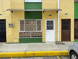 Casa en venta en Villas De Granada de 4 alcoba