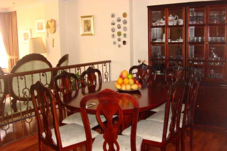 Portada Apartamento en venta en Santa Paula, 112mt con chimenea