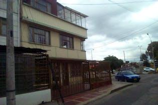 Casa en Santa Isabel, Puente Aranda - Siete alcobas