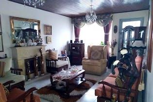 Casa En Bogota - Modelia, cuenta con 3 habitaciones y 3 parqueaderos