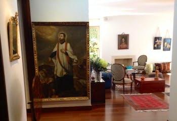 Apartamento en Rosales, Altos del Retiro con 3 habitaciones.