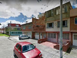 Casa en venta en Garcés Navas con Jardín...