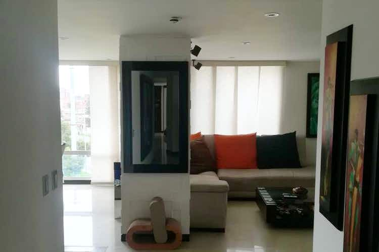 Portada Apartamento en Teusaquillo, Nicolas De Federman con 3 habitaciones.