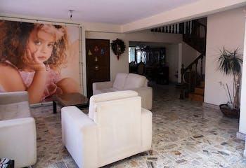 Casa en venta en Nueva España, Azcapotzalco 432 m2 con patio