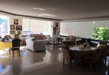 Departamento en venta en Bosques de las Lomas, 330 m²