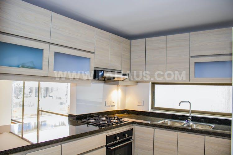 Foto 9 de Calleja Reservado, Apartamento en la Calleja de 3 habitaciones, 155 m2